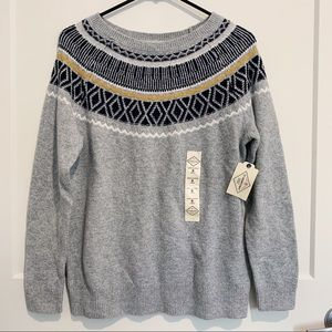 ST JOHNS BAY CREW NECK KNIT SWEATER